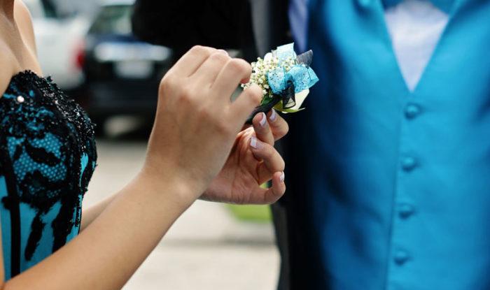 Prom & School Dance Limousine Service
